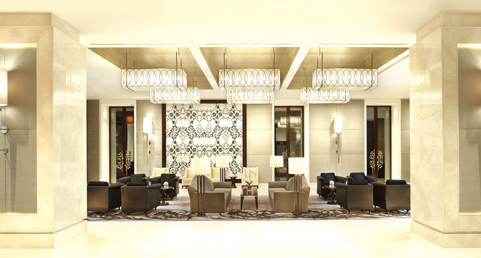 In the Centre of the City: St. Regis Bangkok